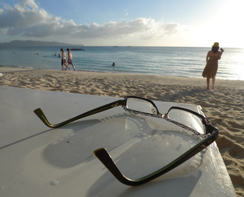 Glasses, Sand