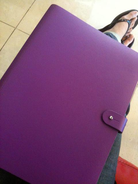 Prat in purple
